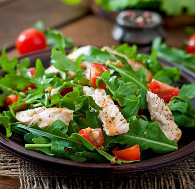 ПП-салат с куриной грудкой